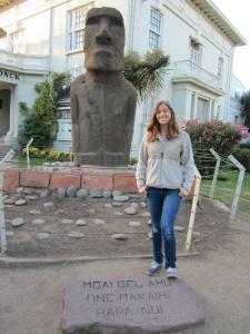 A mini-moai outside a chilean museam
