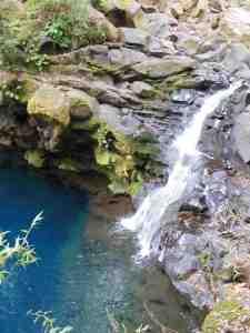 Laguna Azul lives up to its name
